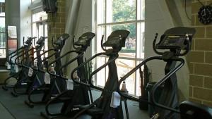 Orbitreki czekające na sprgnionych ćwiczeń